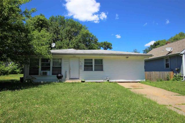 829 E Virginia Avenue, Peoria, IL 61603 (#PA1205845) :: Adam Merrick Real Estate