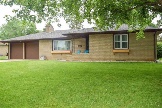 1524 Glendale Avenue, Pekin, IL 61554 (#PA1205941) :: Adam Merrick Real Estate