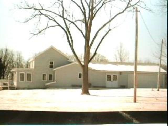 4504 W Tuscarora Road, Peoria, IL 61607 (#PA1205967) :: Adam Merrick Real Estate