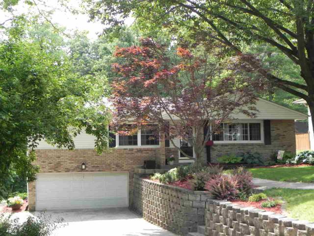 56 Blackhawk Drive, Rock Island, IL 61201 (#QC203) :: Adam Merrick Real Estate