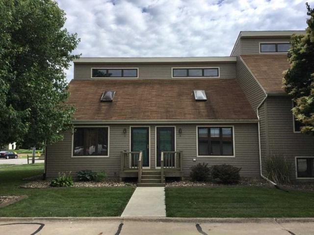 2112 35TH Street, Rock Island, IL 61201 (#QC348) :: Adam Merrick Real Estate
