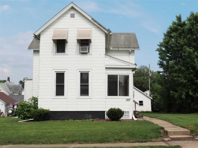 1715 Fillmore Lane, Davenport, IA 52804 (#QC383) :: Killebrew - Real Estate Group