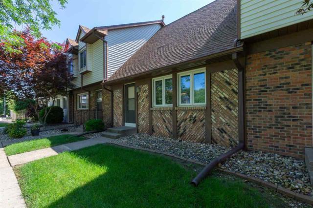 4717 11TH Street, East Moline, IL 61244 (#QC391) :: Paramount Homes QC