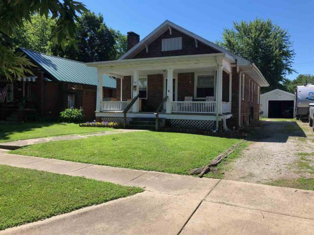 1210 W Vine Street, Taylorville, IL 62568 (#CA389) :: Killebrew - Real Estate Group