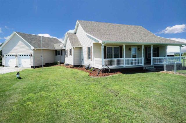 8755 E Main Street, Williamsville, IL 62693 (#CA411) :: Killebrew - Real Estate Group