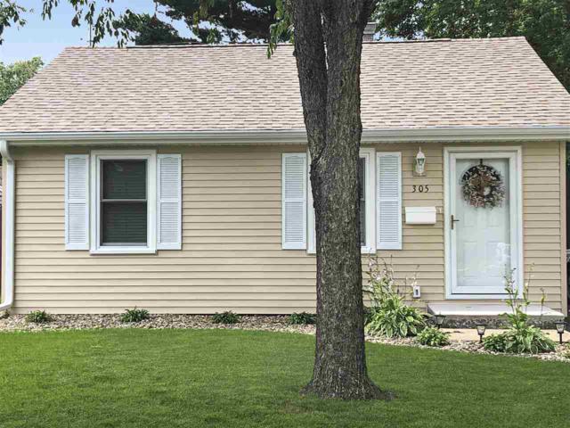 305 Sherwood Drive, Pekin, IL 61554 (#PA1206427) :: Adam Merrick Real Estate