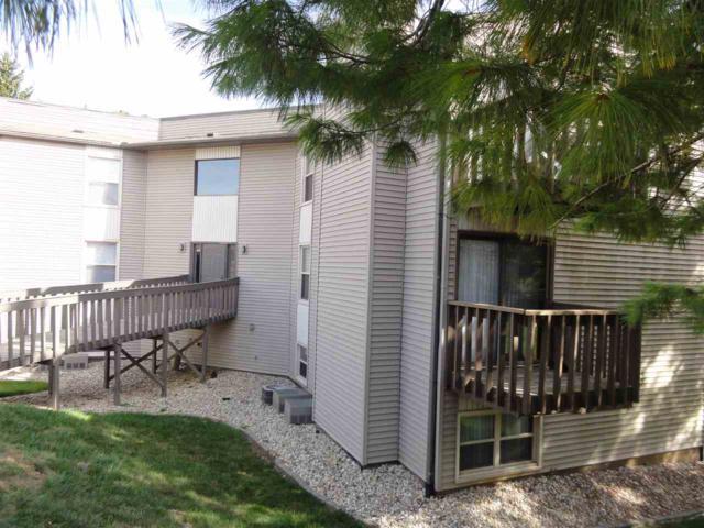 5721 W Ridgecrest Drive, Peoria, IL 61615 (#PA1206479) :: Adam Merrick Real Estate