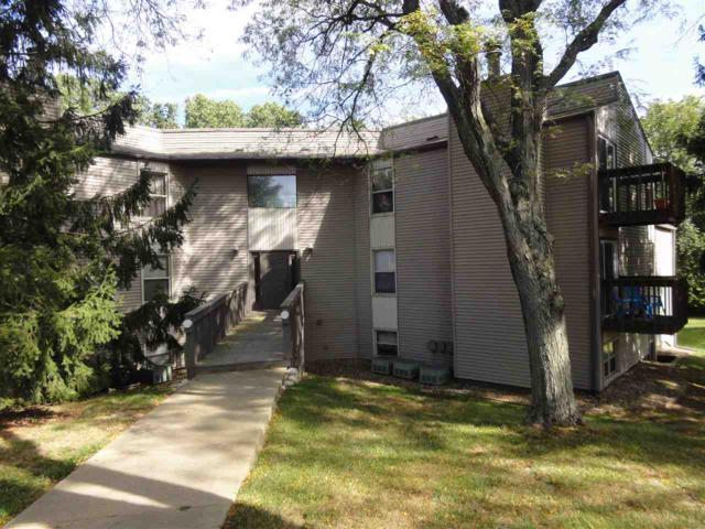 5805 W Ridgecrest Drive, Peoria, IL 61615 (#PA1206480) :: Adam Merrick Real Estate