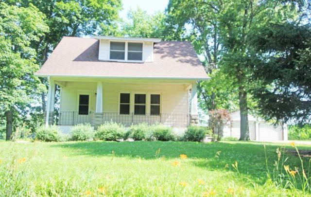 7919 Farmington Cemetery, Pleasant Plains, IL 62677 (#CA562) :: Killebrew - Real Estate Group