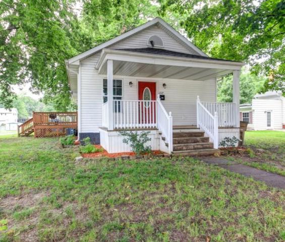 1117 N Springfield Street, Virden, IL 62690 (#CA573) :: Adam Merrick Real Estate