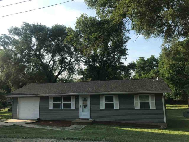 205 Lee Street, North Pekin, IL 61554 (#PA1206608) :: Adam Merrick Real Estate