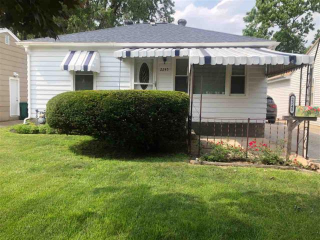 2245 E Grandview Avenue, Springfield, IL 62702 (#CA685) :: Adam Merrick Real Estate