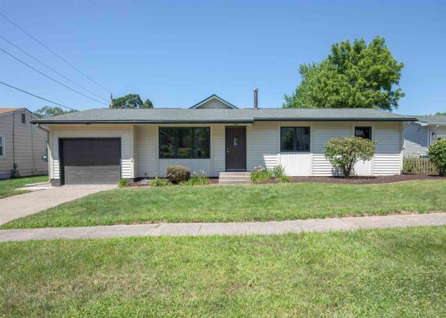 1209 8TH Avenue, Silvis, IL 61282 (#QC985) :: Killebrew - Real Estate Group