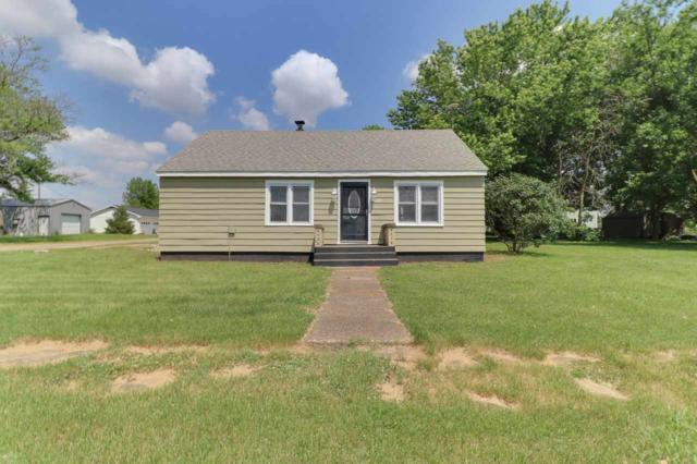 208 Maple, Armington, IL 61721 (#PA1206815) :: Killebrew - Real Estate Group
