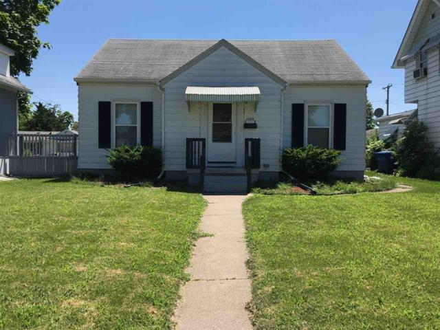 1625 W 17TH Street, Davenport, IA 52804 (#QC1012) :: Killebrew - Real Estate Group