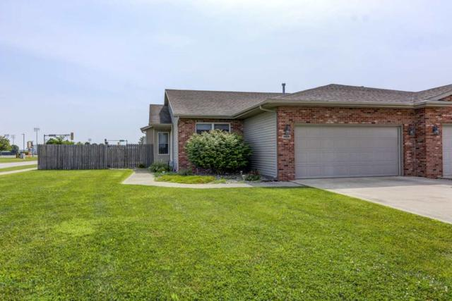 1428 School House Lane, Chatham, IL 62629 (#CA811) :: Killebrew - Real Estate Group