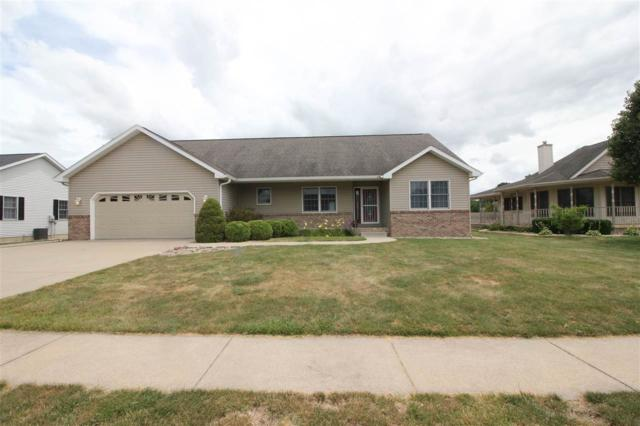 117 Oakwood Drive, Williamsville, IL 62693 (#CA831) :: Killebrew - Real Estate Group