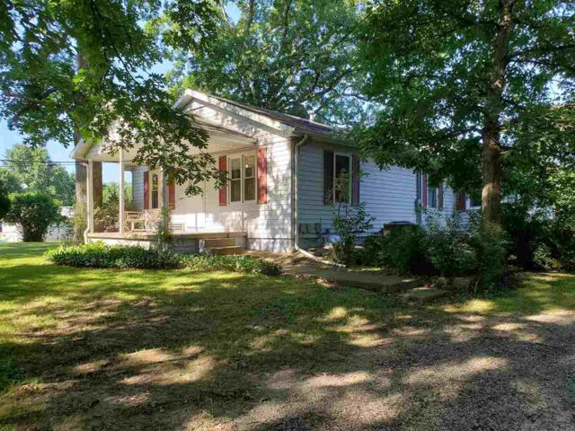 3649 River Road, Riverton, IL 62561 (#CA851) :: Adam Merrick Real Estate