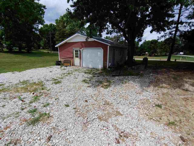 415 W Breckenridge Street, Blandinsville, IL 61420 (#CA865) :: Adam Merrick Real Estate
