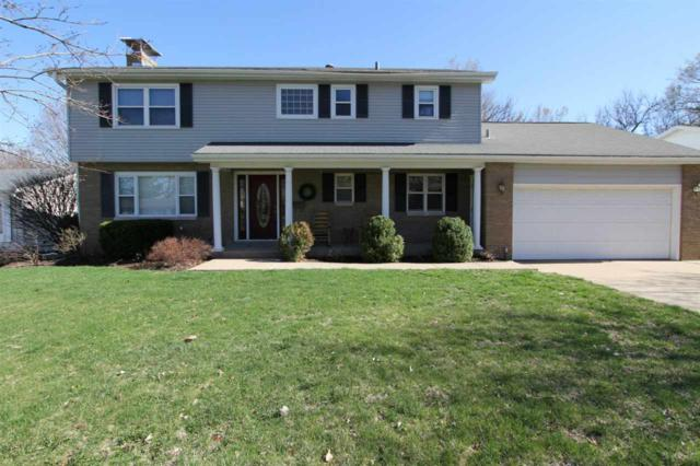 6122 N Fairlane Drive, Peoria, IL 61614 (#PA1207012) :: Adam Merrick Real Estate