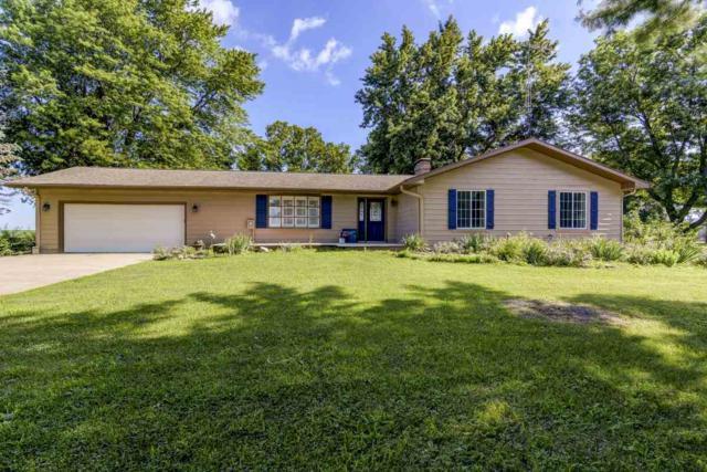 12995 Walnut Woods Drive, Pleasant Plains, IL 62677 (#CA933) :: Killebrew - Real Estate Group