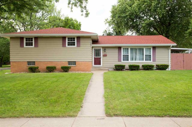 2523 W Castle Court, Peoria, IL 61614 (#PA1207072) :: Adam Merrick Real Estate