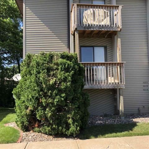 5219 26TH AVE A CT Court, Moline, IL 61265 (#QC4204246) :: Killebrew - Real Estate Group