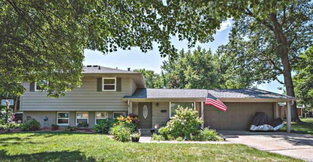 1800 St Clair Drive, Pekin, IL 61554 (#PA1207125) :: Adam Merrick Real Estate