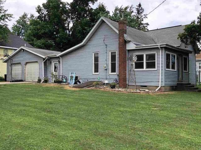 408 S Main Street, Mackinaw, IL 61755 (#PA1207182) :: Adam Merrick Real Estate