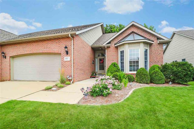 2317 W Chandler Court, Peoria, IL 61615 (#PA1207329) :: Adam Merrick Real Estate