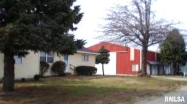 31453 31459 Pleasant Hill Road, Girard, IL 62640 (#CA1484) :: Adam Merrick Real Estate