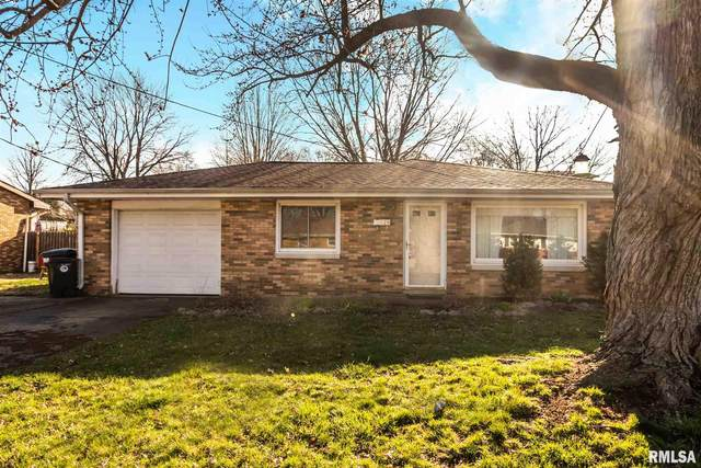 216 Arrow Street, Pekin, IL 61554 (#PA1213063) :: Adam Merrick Real Estate