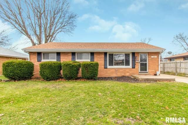 1310 Illinois Street, Pekin, IL 61554 (#PA1213809) :: Adam Merrick Real Estate