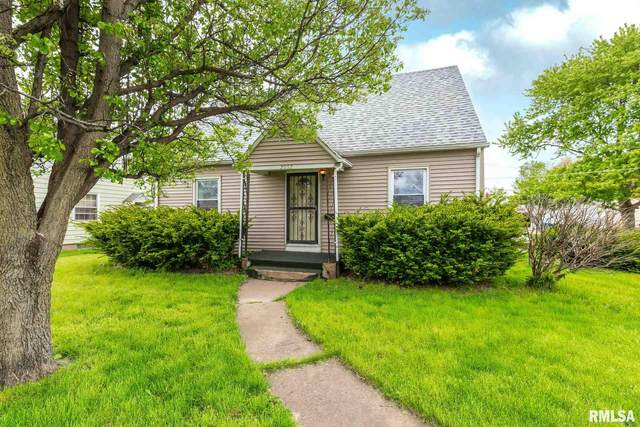 2052 Hickory Grove Road, Davenport, IA 52804 (#QC4211497) :: RE/MAX Preferred Choice