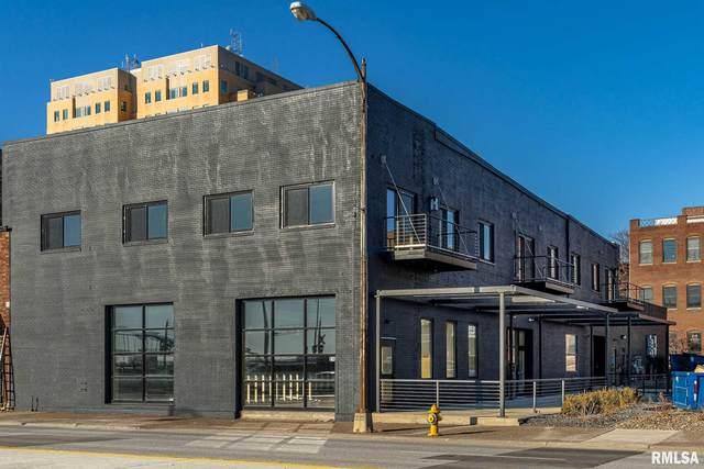 210 E River Drive, Davenport, IA 52801 (#QC4212295) :: Killebrew - Real Estate Group
