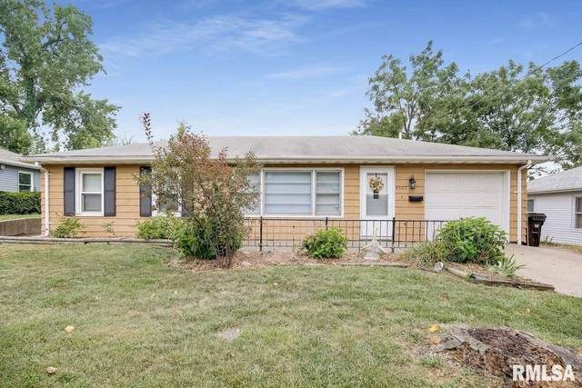 4322 N Independence Avenue, Peoria, IL 61614 (#PA1218386) :: The Bryson Smith Team