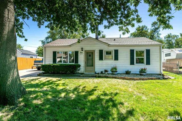 2017 W 69TH Street, Davenport, IA 52806 (#QC4215028) :: Paramount Homes QC