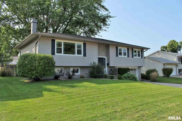 2945 9 1/2TH ST Street, East Moline, IL 61265 (#QC4215343) :: Paramount Homes QC