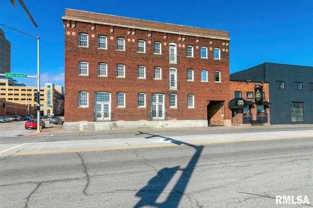 111 Perry, Davenport, IA 52801 (#QC4215653) :: Nikki Sailor | RE/MAX River Cities