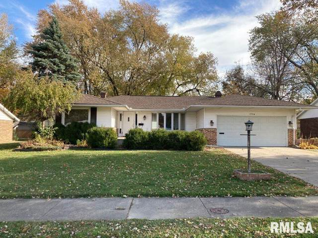 1724 Valle Vista Boulevard, Pekin, IL 61554 (MLS #PA1220277) :: BN Homes Group