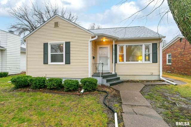 1711 N Pine Street, Davenport, IA 52804 (#QC4217251) :: Nikki Sailor | RE/MAX River Cities