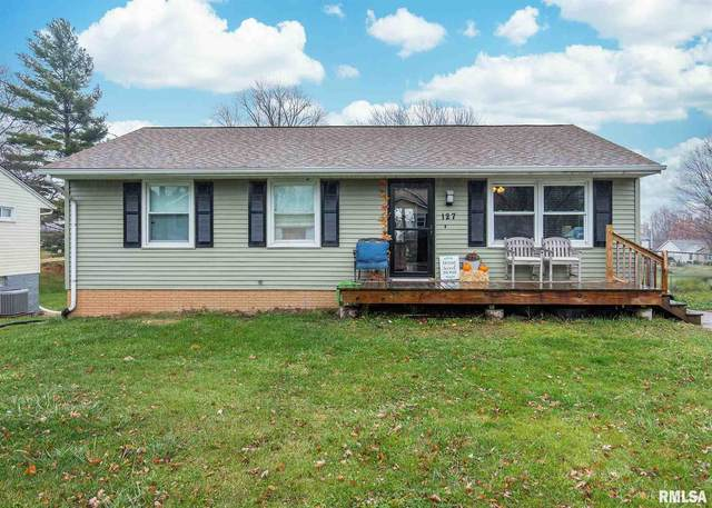 127 S 9TH Street, Le Claire, IA 52753 (#QC4217266) :: The Bryson Smith Team