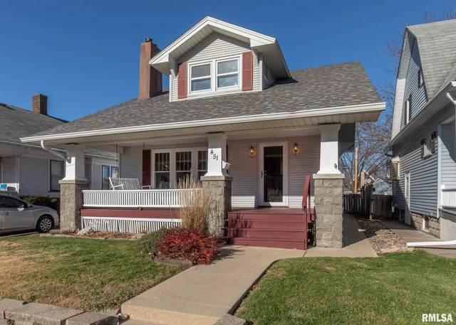 451 17TH Avenue, East Moline, IL 61244 (#QC4217297) :: Killebrew - Real Estate Group