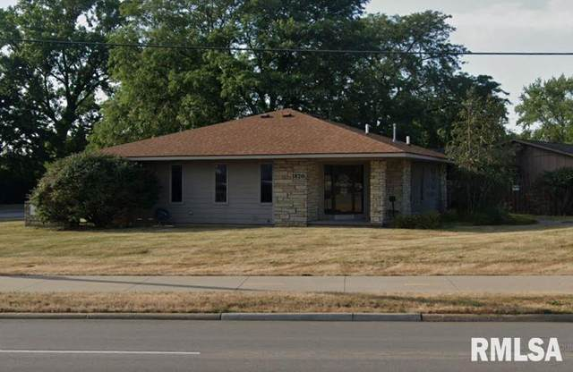 1820 Middle, Bettendorf, IA 52722 (#QC4218055) :: Paramount Homes QC