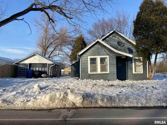 5323 12TH Avenue, Moline, IL 61265 (#QC4218179) :: Paramount Homes QC