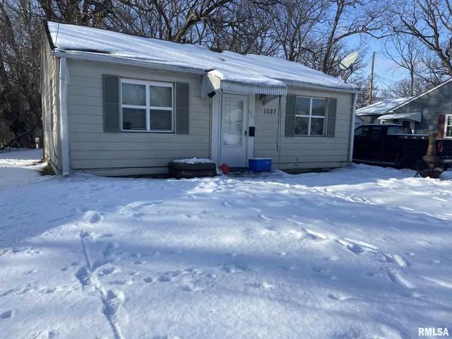 1027 38TH Street, Moline, IL 61265 (#QC4218187) :: Killebrew - Real Estate Group