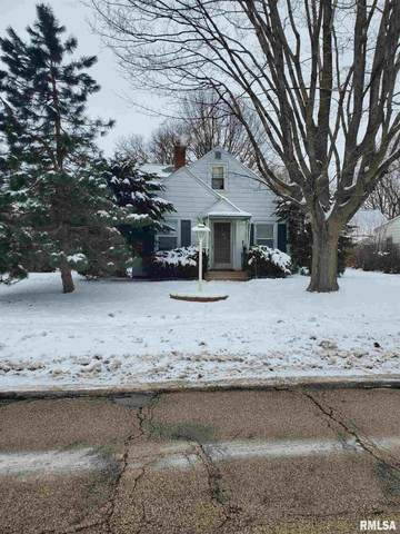 329 23RD Avenue, Moline, IL 61265 (#QC4219020) :: Killebrew - Real Estate Group