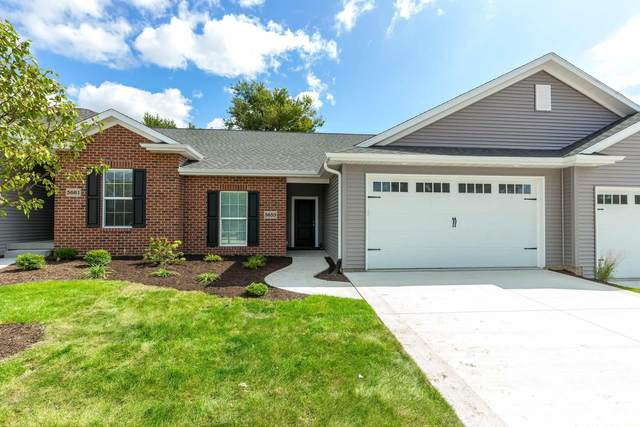 5653 E Creekside Lane, Bettendorf, IA 52722 (#QC4219387) :: Nikki Sailor | RE/MAX River Cities