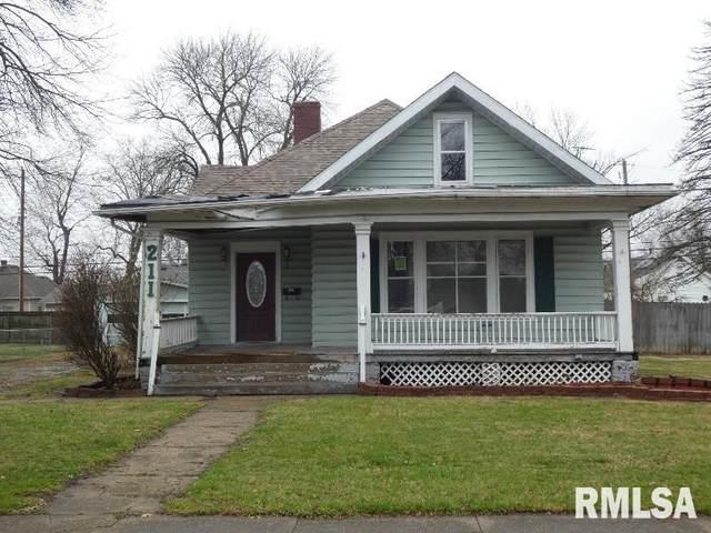 211 E Maple Street, Gillespie, IL 62033 (#CA1005682) :: Paramount Homes QC