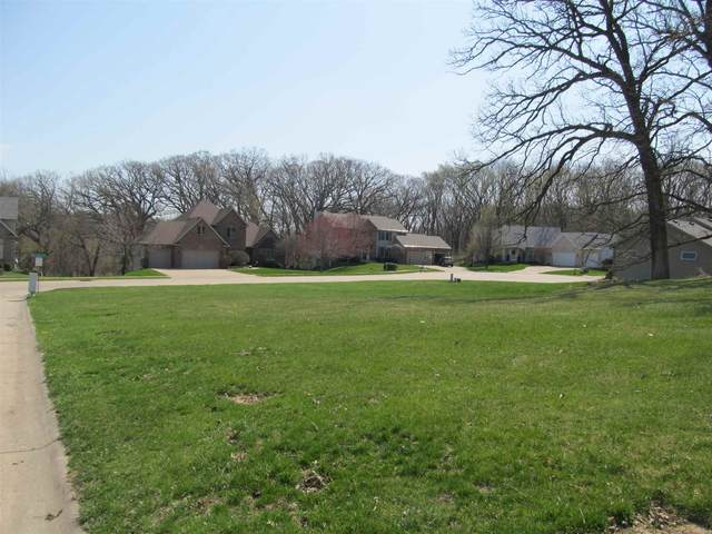 Lot 10 Oakview Lane, Bettendorf, IA 52722 (#QC4220277) :: Nikki Sailor | RE/MAX River Cities